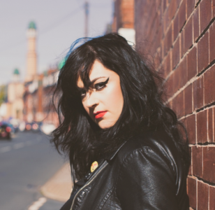 LOUISE DISTRAS UNVEILS NEW VIDEO!